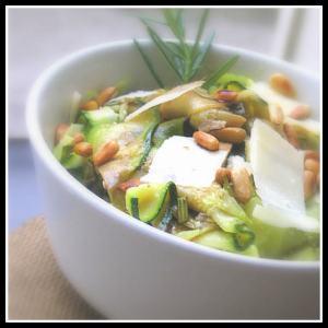 1-salade-de-courgettes-aux-pignons